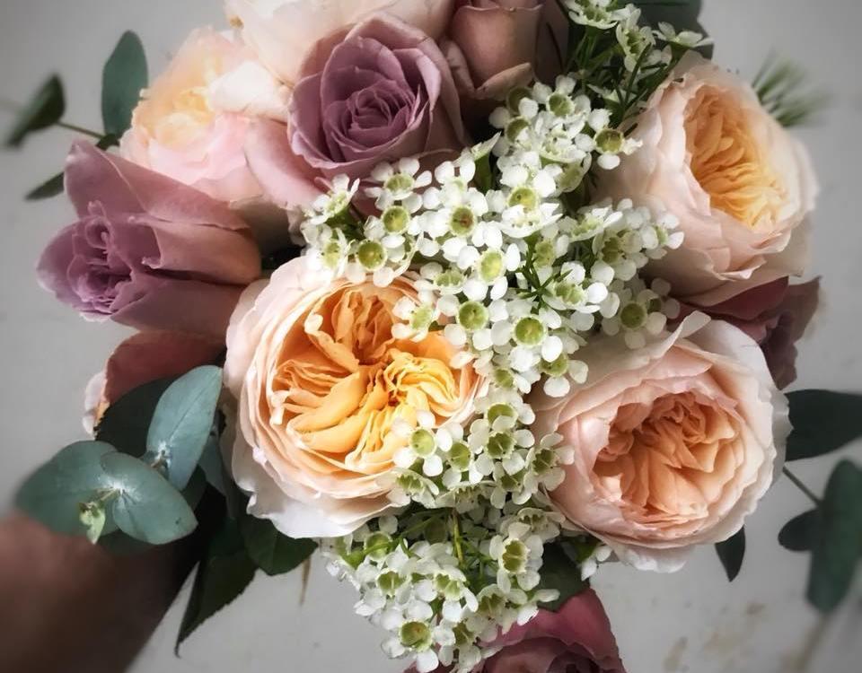 Envoyer des fleurs à Dieppe avec votre fleuriste Le Jardin de Camille
