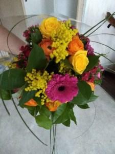 Envoyer des fleurs à Avoine avec votre fleuriste Au Parfum d'Olivier