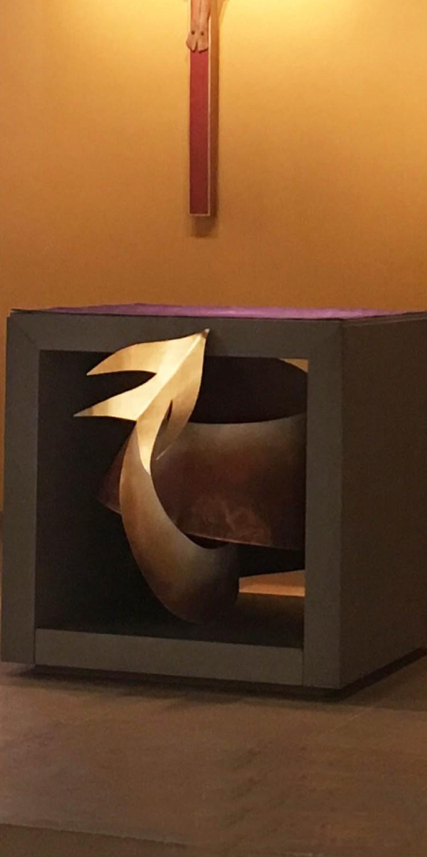 fleur nabert sculpteur chapelle de l'agneau gare de lyon paris ambon sculpture avant après