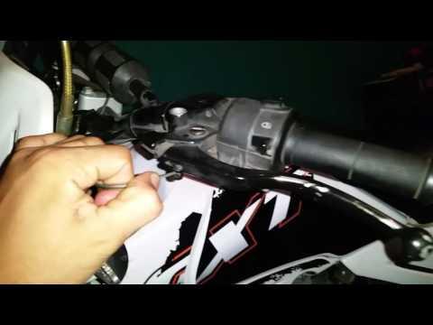Como hacer el ajuste y mantenimiento del embrague de una motocicleta