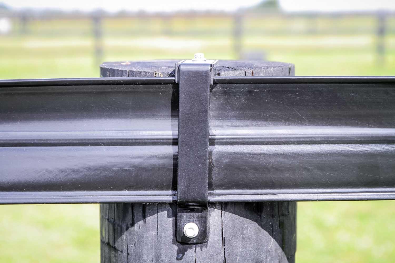 flexi-horse-fencing-07
