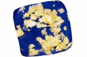 Recette du couscous de légumes : ail écrasé