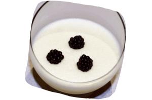 Recette de gâteau de crêpes aux trois chocolats : mousse au chocolat blanc