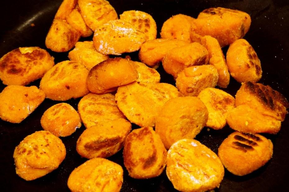 Recette de gnocchis de pois chiches et carottes