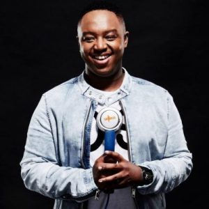 Shimza white walls