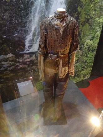 Arya's costume.