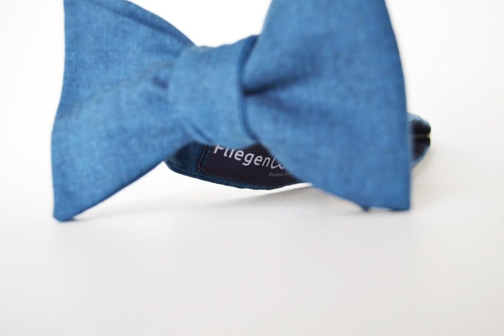 Fliege Edelmann blau