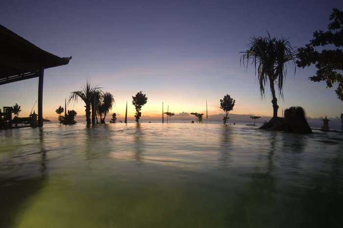 Pemedal Beach Sunset from the Pool Timelapse