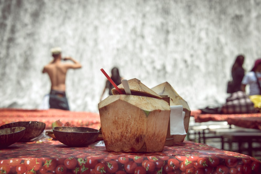 Fresh coconut juice, Philippines