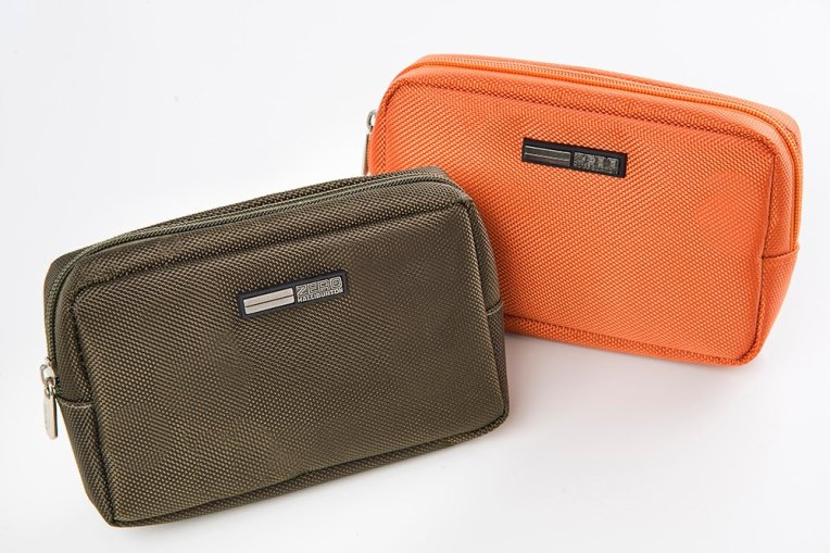 JAL ZERO HALLIBURTON AMENITY KITS SOFT CASE