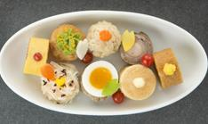 JAL Kids Menu Main Dish: Omelette rice, Meat Croquette, Chicken rice, Beef sausage roll-up, Curried pilau wrapped with fried bean curd, Bacon Egg Filling - Hamburger - Shrimp meat dumpling