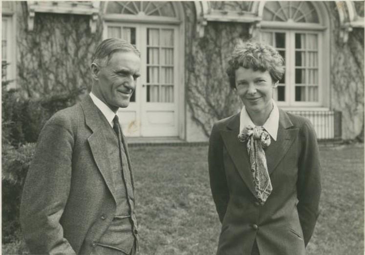 Elliot and Earhart