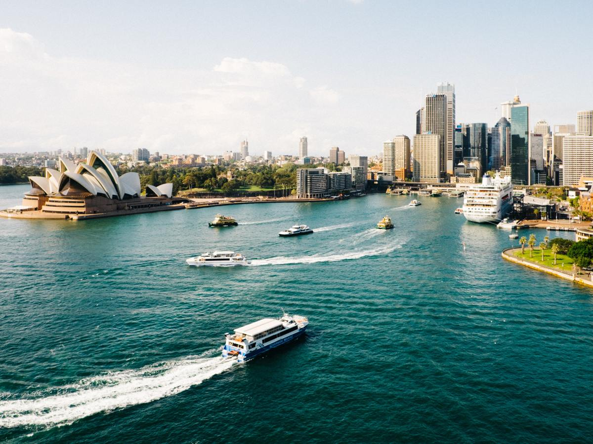 Book a cheap flight to Sydney with flightsale