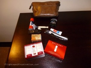 What Do You Get Inside A Complimentary Emirates Toiletries Bag?