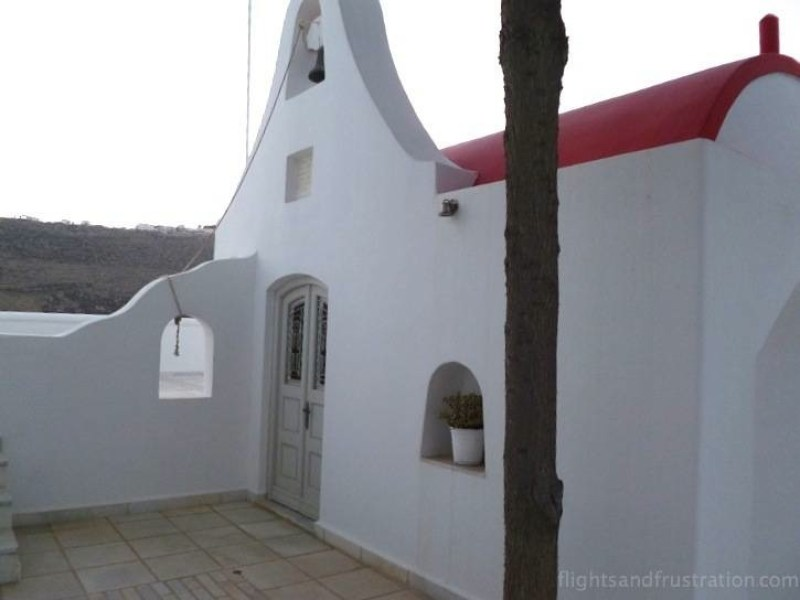A little white chapel in Greece perfect for a moment of reflection