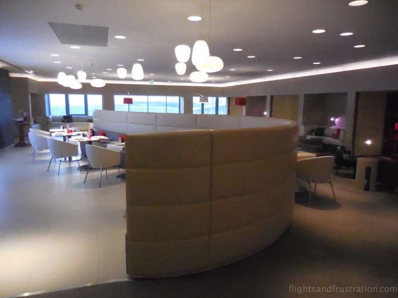 La Premiere Lounge at CDG Paris air france first class review