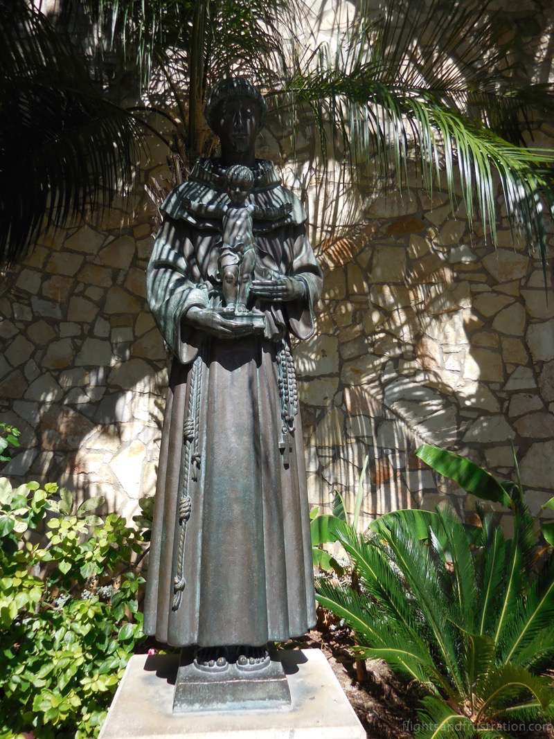 Statue of Saint Anthony aka San Antonio