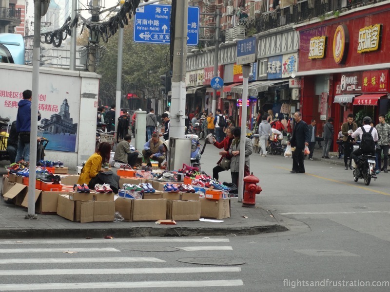 Street traders know how to bargain in China