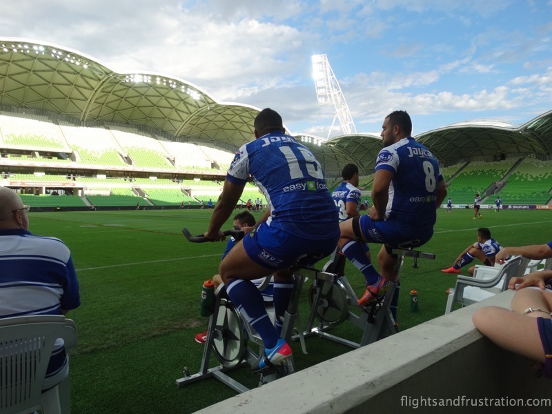 Get on your bike as the Bulldogs players keep warm