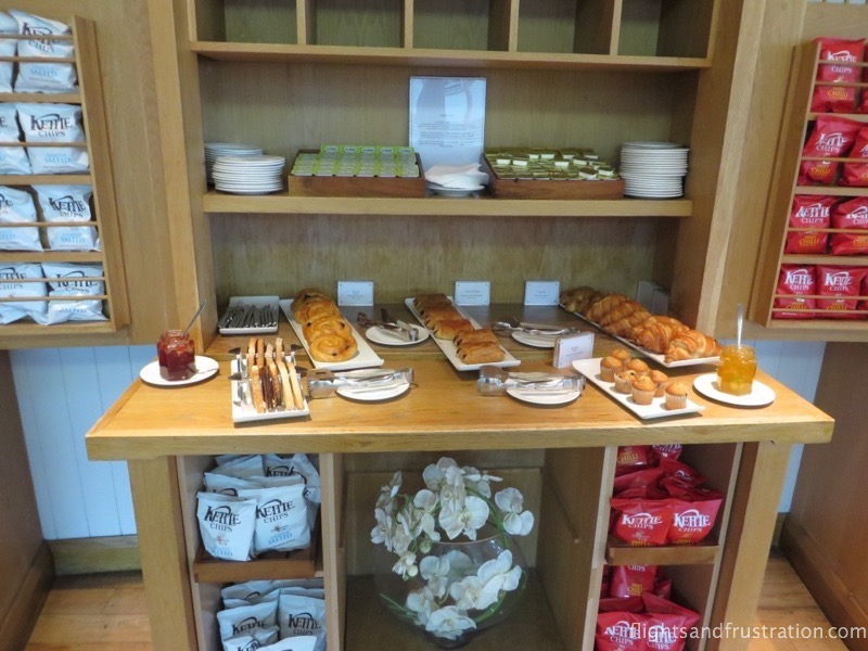 Pastries and crisps at the Manchester Airport BA Executive Lounge
