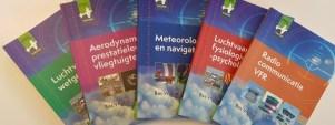 Theorieboeken vliegles