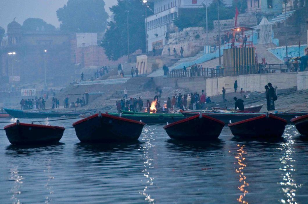 14. the funeral pyres at Manikarnika Ghat