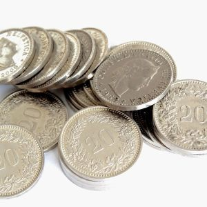 Dinero, monedas.