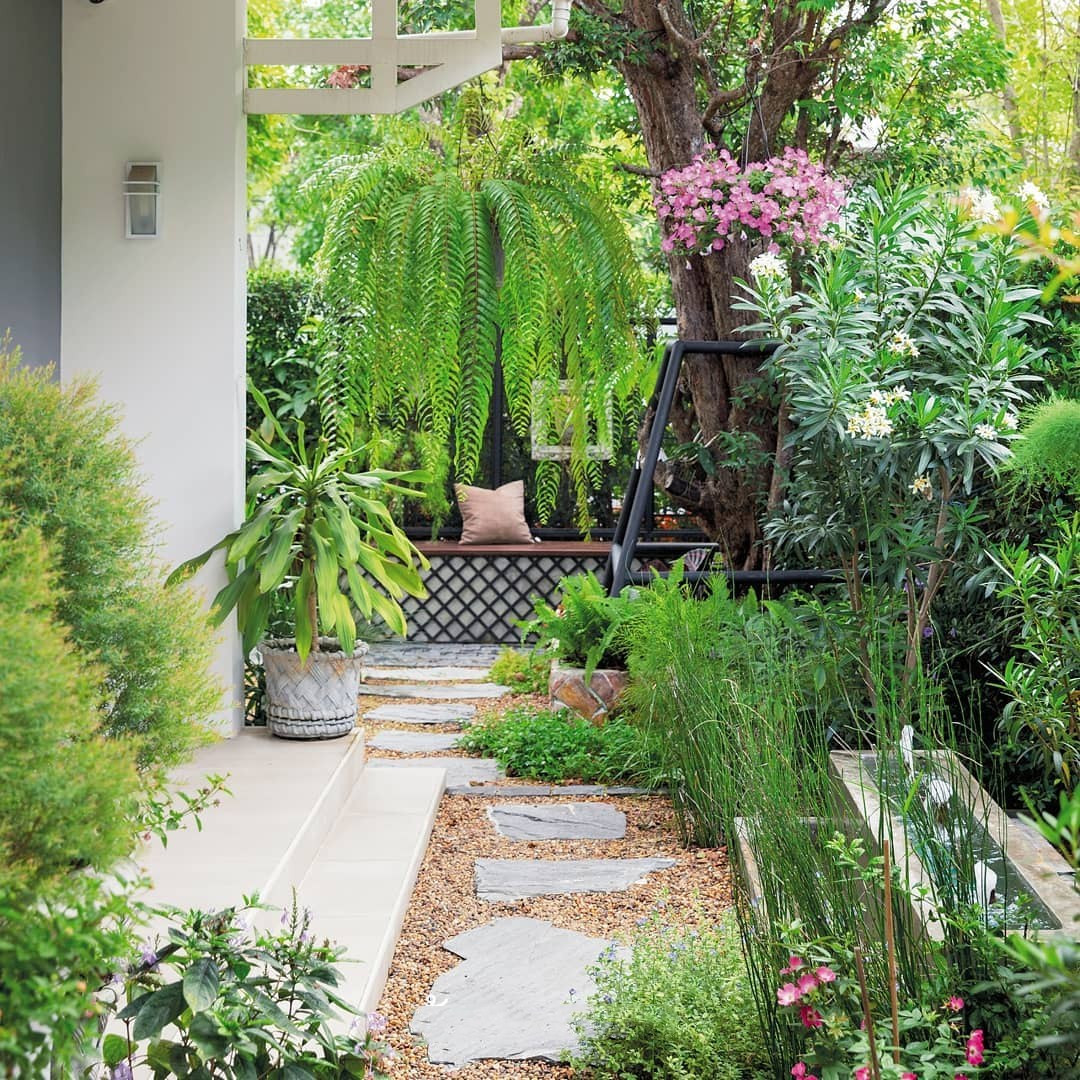 55 Small Backyards Ideas and Decorating Tips - flippedcase on Cheap Backyard Ideas No Grass  id=39433