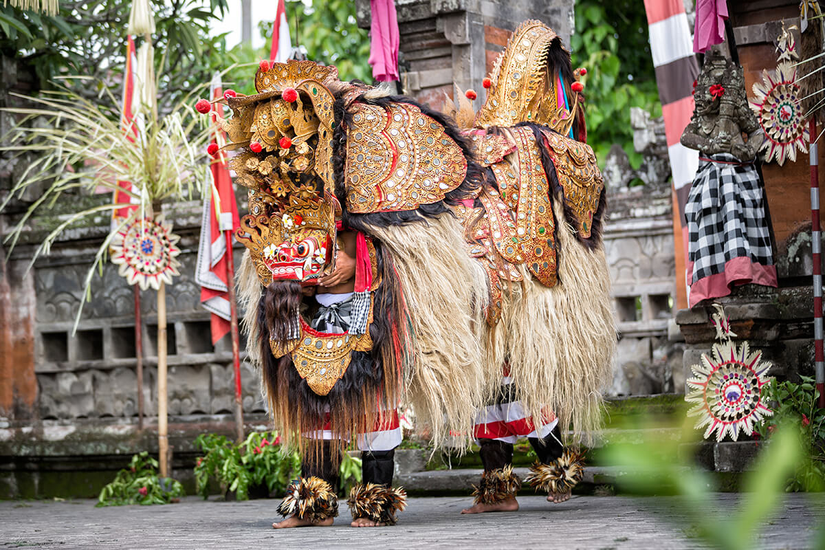Balinese-Traditional-Dancing