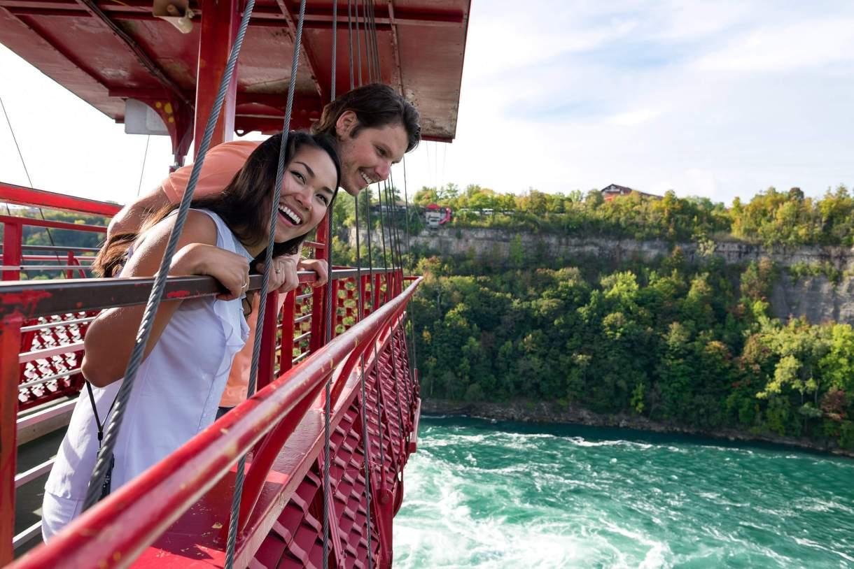 A cable car over the Niagara Gorge