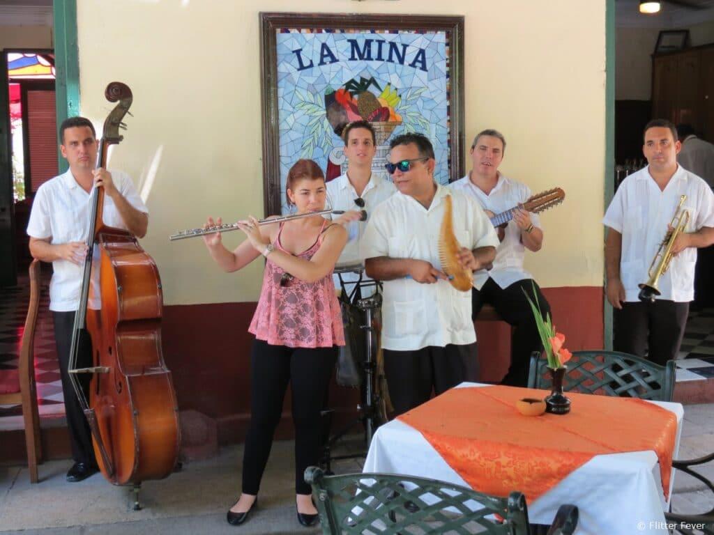 Plaza de Armas live band La Mina restarant music Havana Cuba