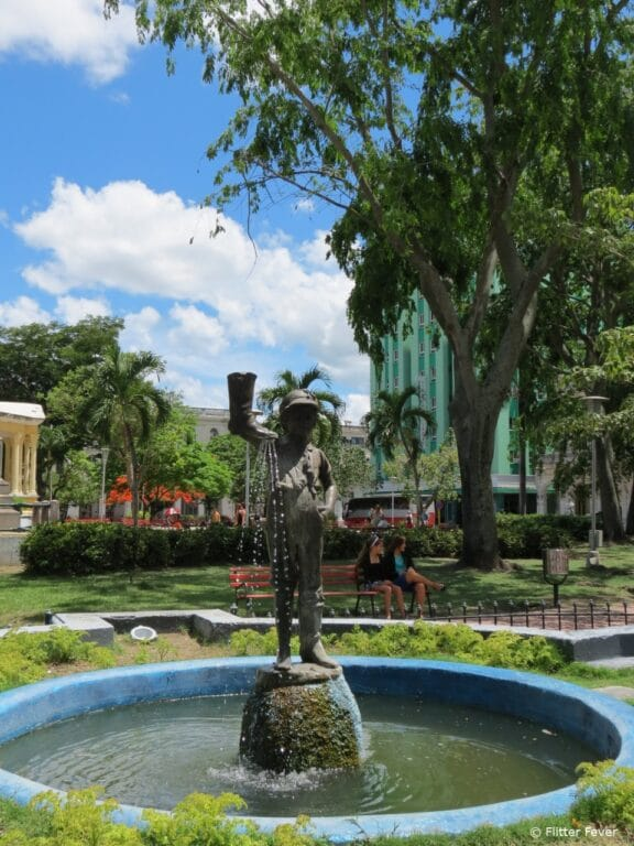 Parque Vidal in Santa Clara on a hot day
