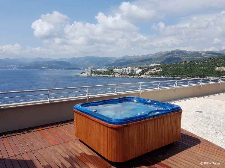 Roof top hot tub Dubrovnik Palace