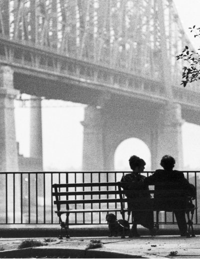 Manhattan-Flixwatcher Podcast - Image Manhattan (1979) Directed by Woody Allen Shown from left: Diane Keaton, Woody Allen