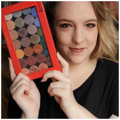 make up geek eyeshadow palette review swatch video