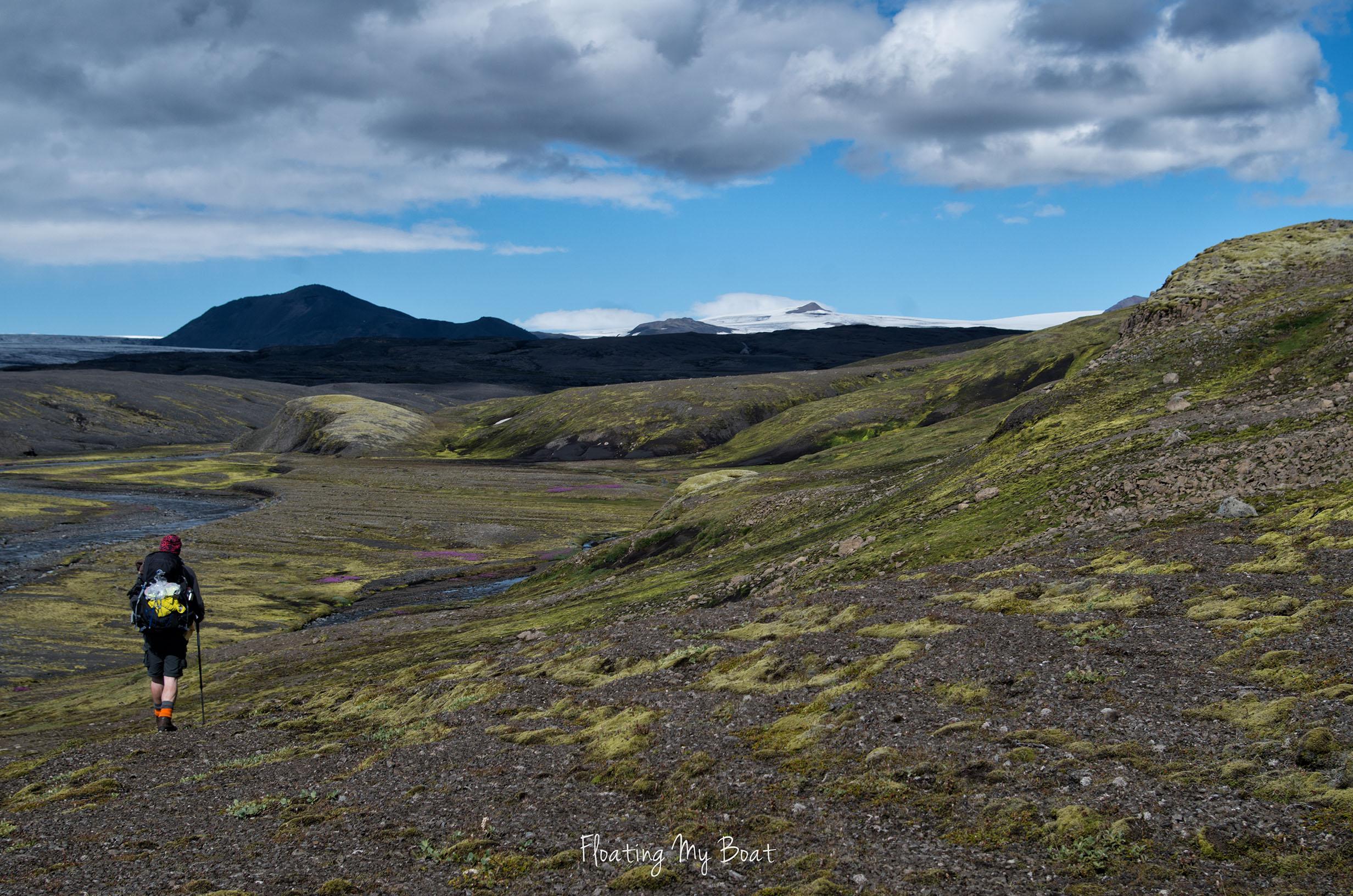 trekking-vatnajokull-iceland-18