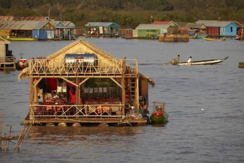 Floating Village Restaurants