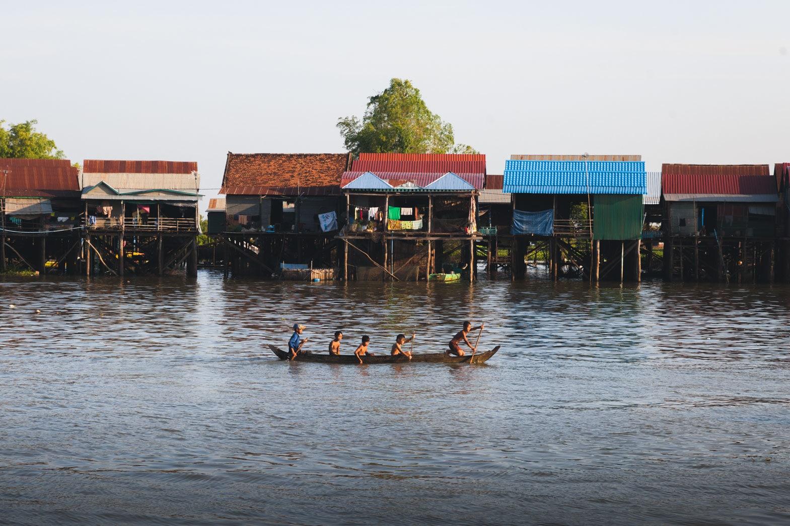 Family Boat Kompong Khleang