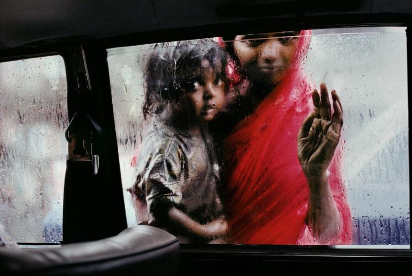國家地理雜誌傳奇攝影師 Steve McCurry:那些相片背後的故事