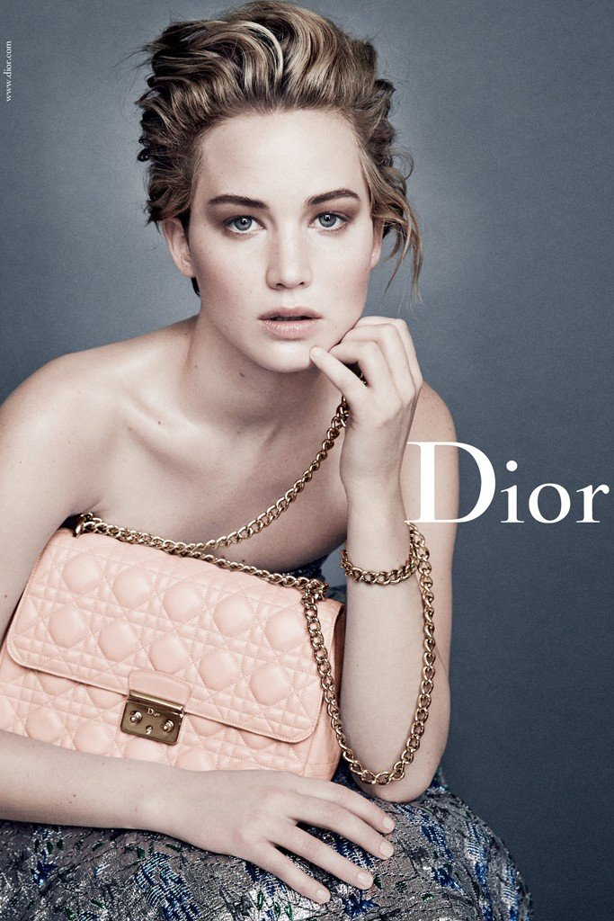 jennifer-lawrence-miss-dior-1