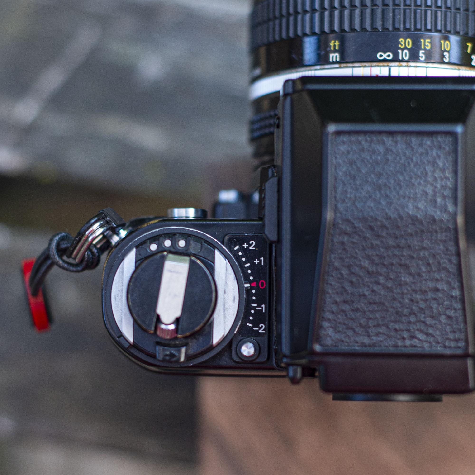 Nikon F3 exposure adjustment and rewind knob