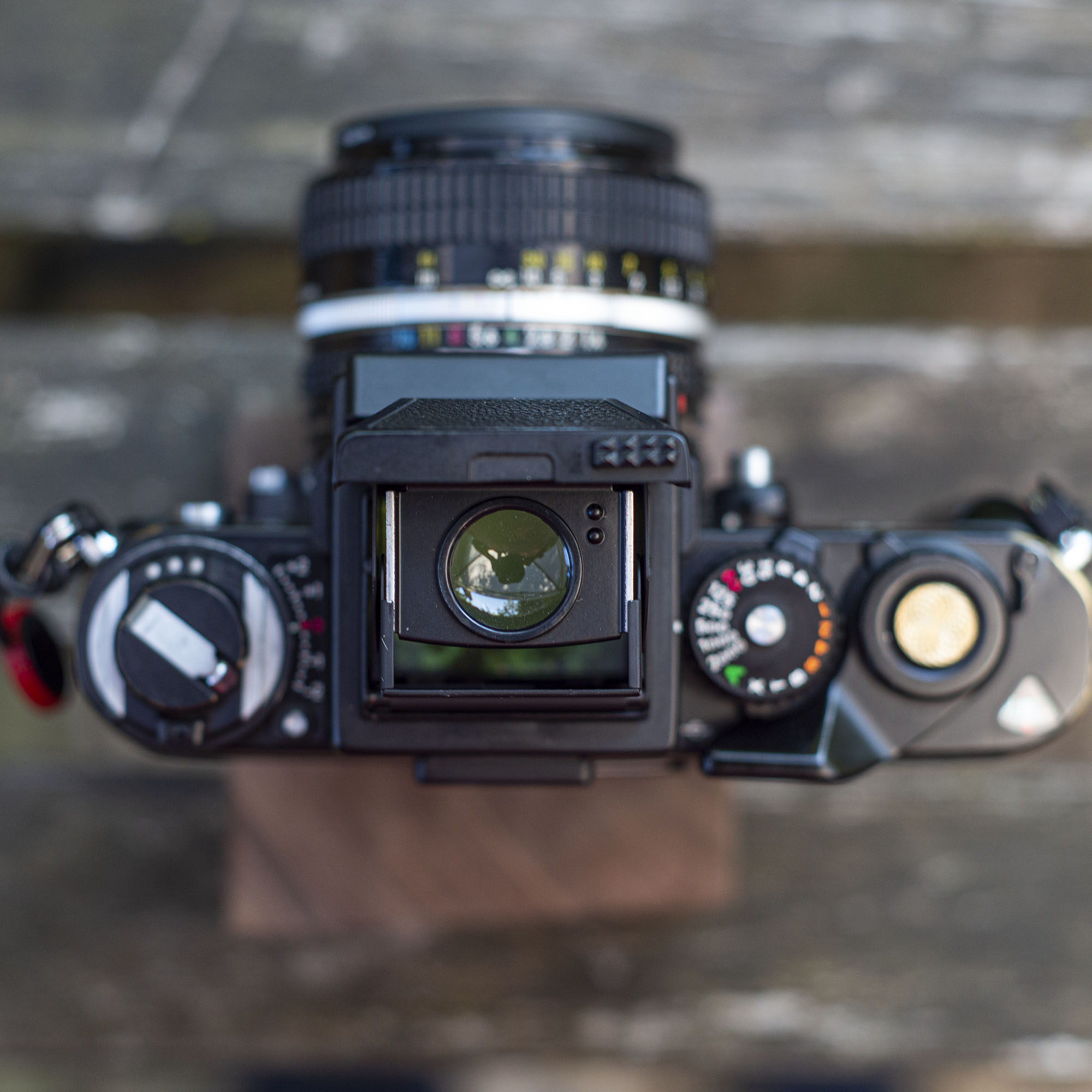 The magnifier on the Nifon F3 waist level finder