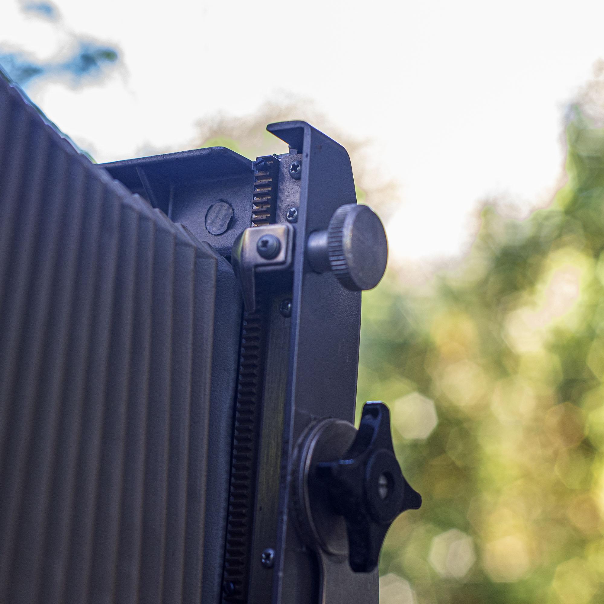 Calumet view camera front standard gears
