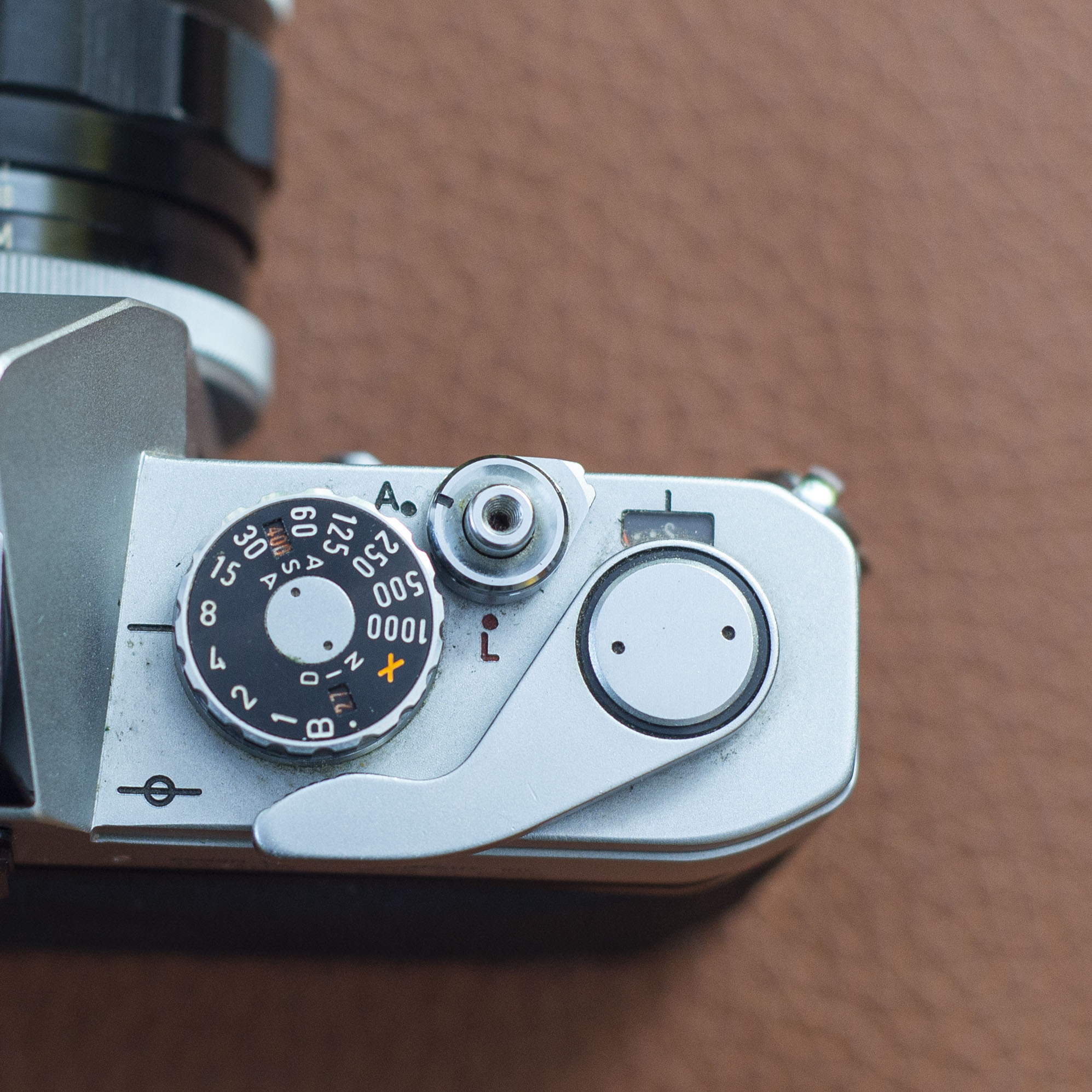 Canon FT shutter speed and ISO dials