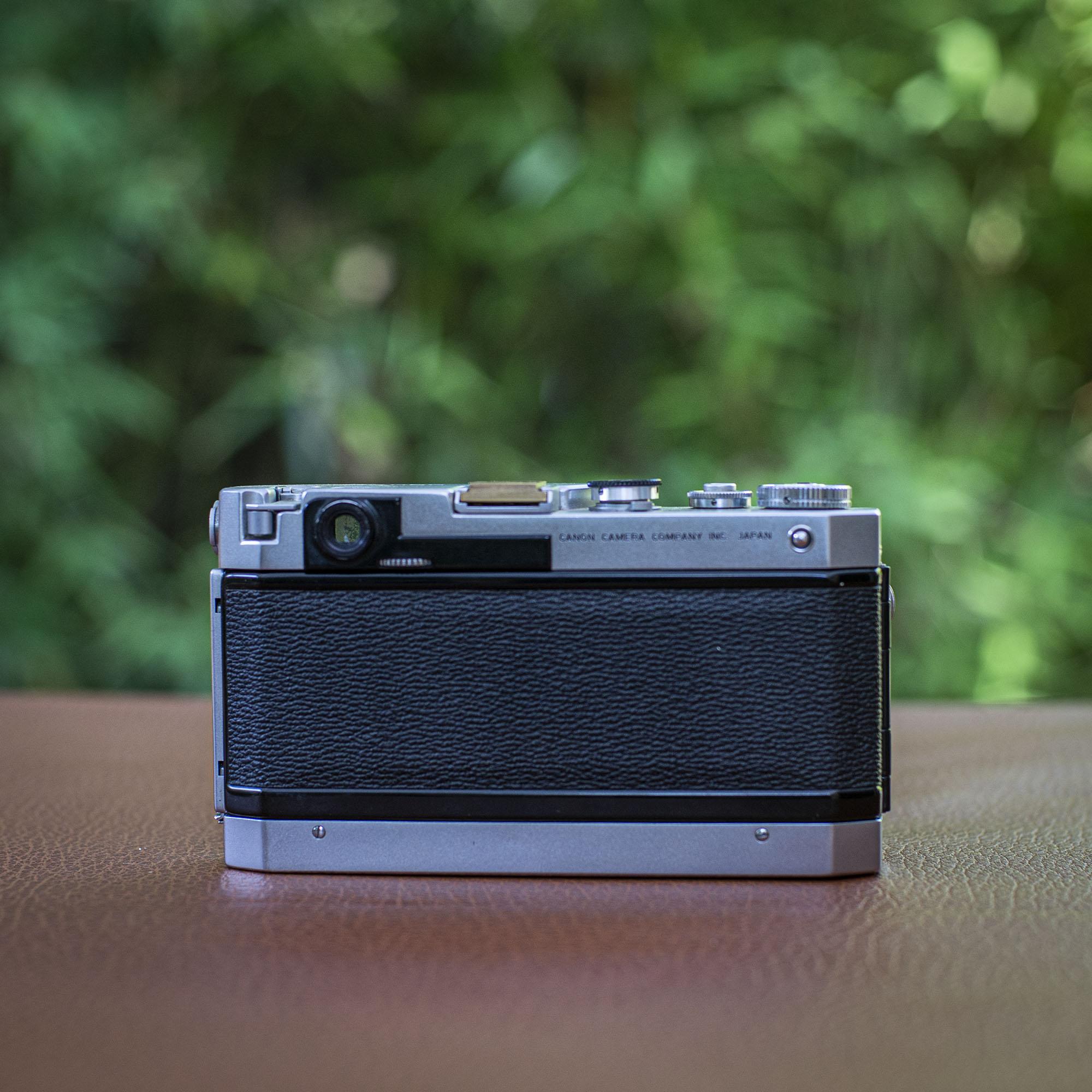 Canon VT de luxe back of the camera