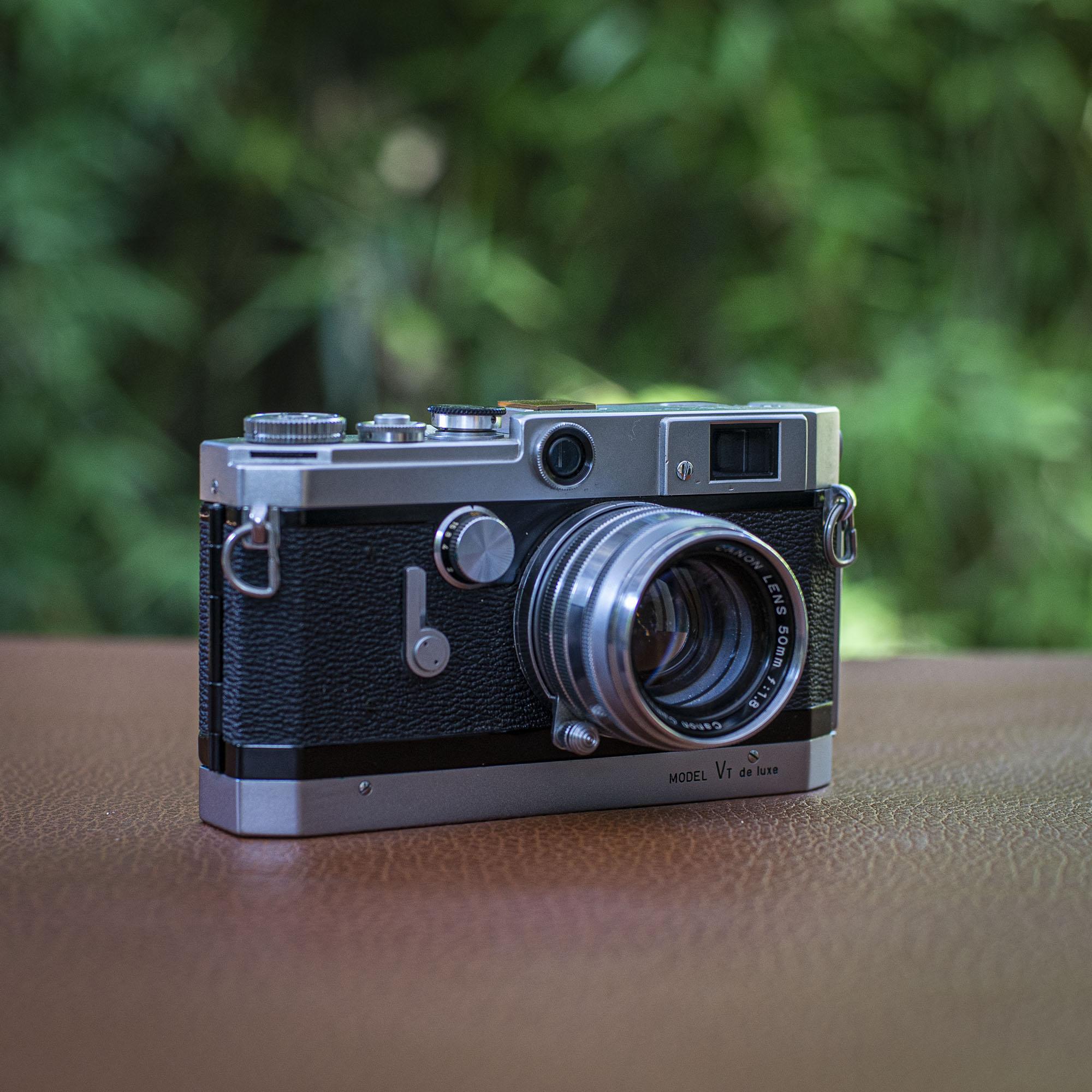 Canon VT de luxe side view