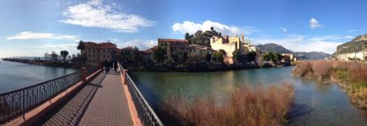 Foot bridge to Old Town
