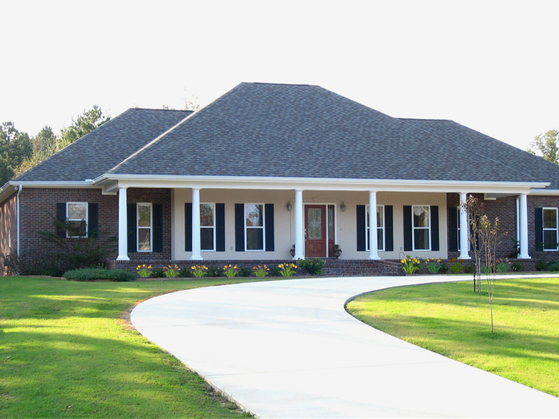 hipped roof house plans