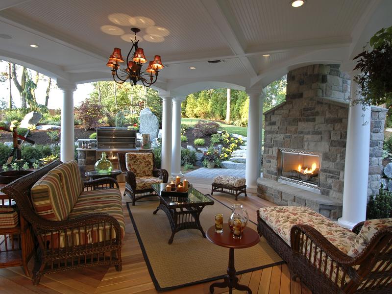 Horton Manor Luxury Home Plan 071S-0001