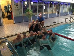 Montag-Schwimmgruppe mit Dirk